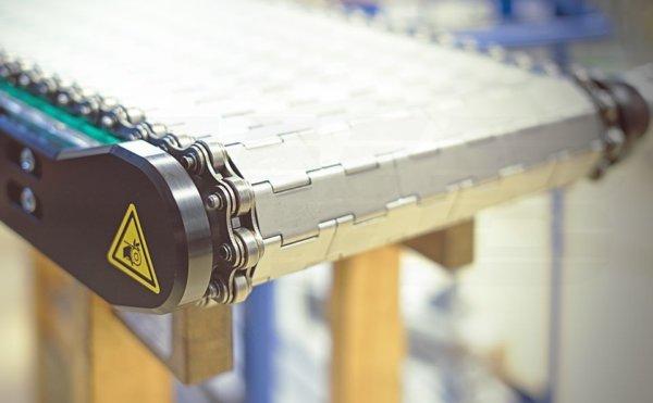 Scharnierplattenband